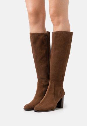 Støvler - chestnut