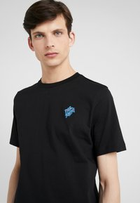 Paul Smith - Basic T-shirt - black - 5
