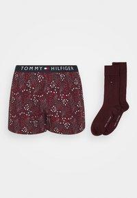 Tommy Hilfiger - SOCK SET - Boxer shorts - red - 2
