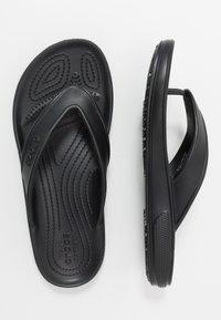 Crocs - CLASSIC FLIP  - Chanclas de dedo - black - 1