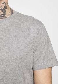 edc by Esprit - Jednoduché triko - light grey - 3