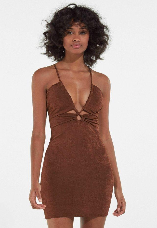 Sukienka koktajlowa - brown