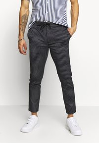Topman - STRIPE WHYATT - Pantalon de survêtement - navy - 0