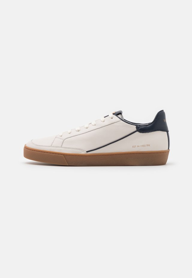 GATSBY - Sneakers laag - creme/blue