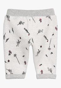 Noppies - PANTS REGULAR CALEDONIA BABY - Pantalones deportivos - grey melange - 1