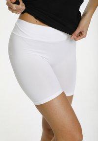 Saint Tropez - Shorts - white - 3