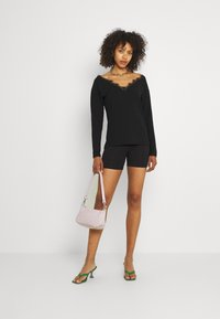 Nly by Nelly - EDGE - Long sleeved top - black - 1