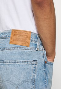 Levi's® - SLIM SHORT - Jeansshort - light-blue denim - 5