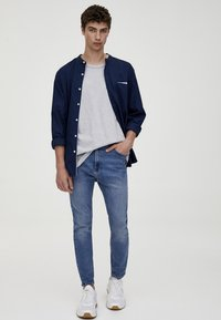 PULL&BEAR - Jean slim - light blue denim - 1