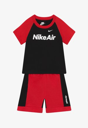 AIR FRENCH BABY SET  - Stoffhose - black/university red
