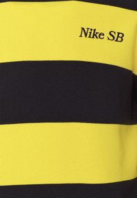 Nike SB - NOVELTY CREW UNISEX - Sweatshirt - university gold/black - 2