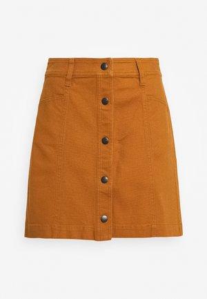 BUTTON FRONT - A-line skirt - burnt sienna