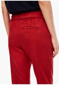 s.Oliver - Pantalon classique - dark red - 5