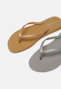 Even&Odd - 2 PACK - Pool shoes - silver/gold - 5