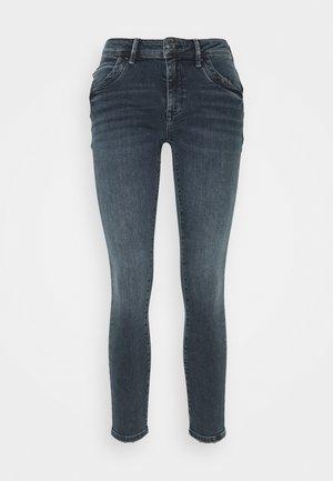 ADRIANA - Jeans Skinny Fit - smoky blue glam