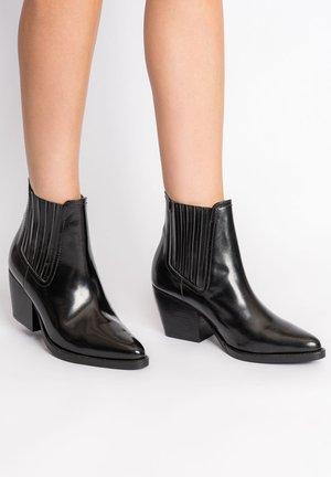 JENESIEN - Cowboy/biker ankle boot - black