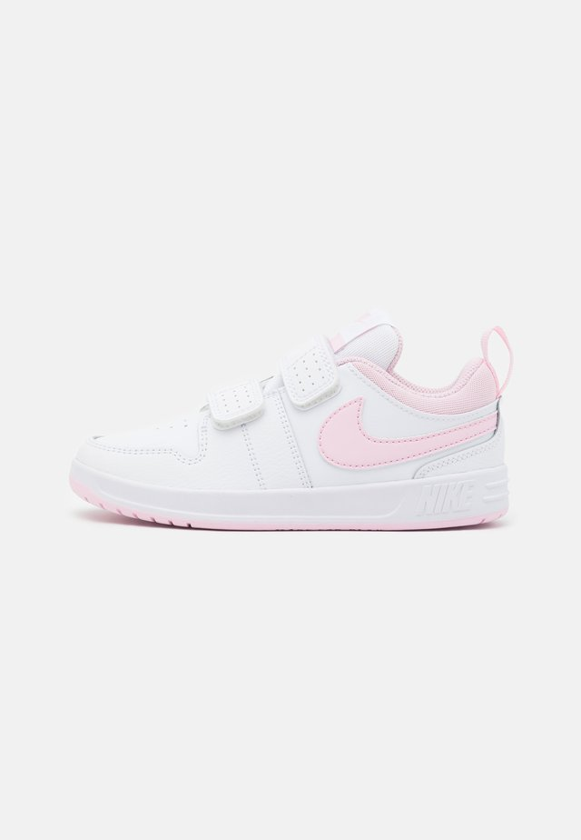 PICO 5 UNISEX - Sports shoes - white/pink foam