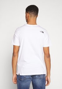 The North Face - Print T-shirt - white/clear lake blue - 2