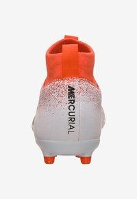 Nike Performance - Indoor football boots - hyper crimson/black/white - 3