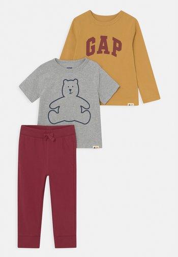 OUTFIT SET - T-shirt z nadrukiem - light heather grey