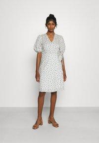 Minimum - LENELIA - Day dress - broken white - 0