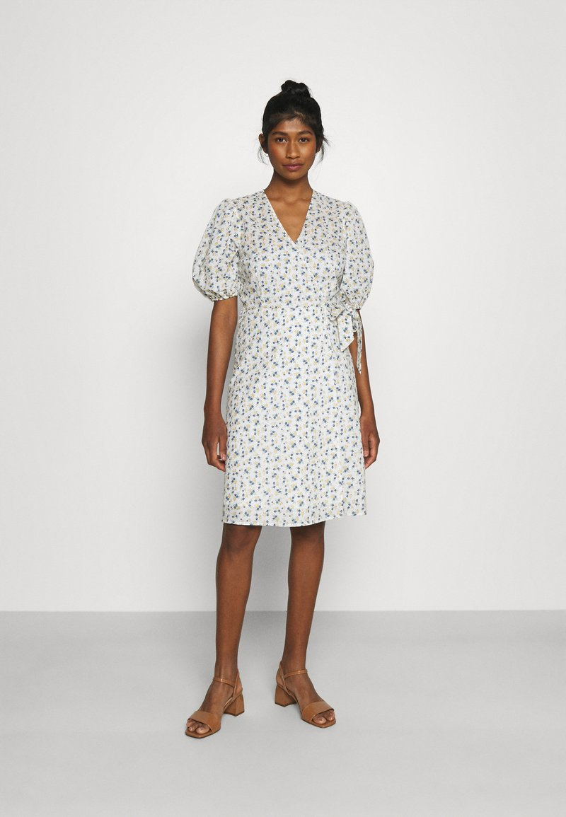 Minimum - LENELIA - Day dress - broken white