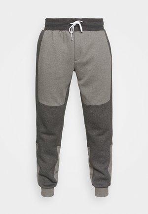 COLORBLOCK JOGGER - Teplákové kalhoty - city grey heather/shark heather/white