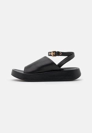 TOPAZ - Sandály na platformě - nero