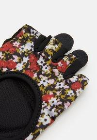 Nike Performance - WOMENS GYM ULTIMATE FITNESS GLOVES - Fingerless gloves - firewood orange/black/white - 1