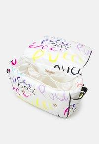 Emilio Pucci - MAMY BAG SET - Across body bag - bianco/multicolor - 2