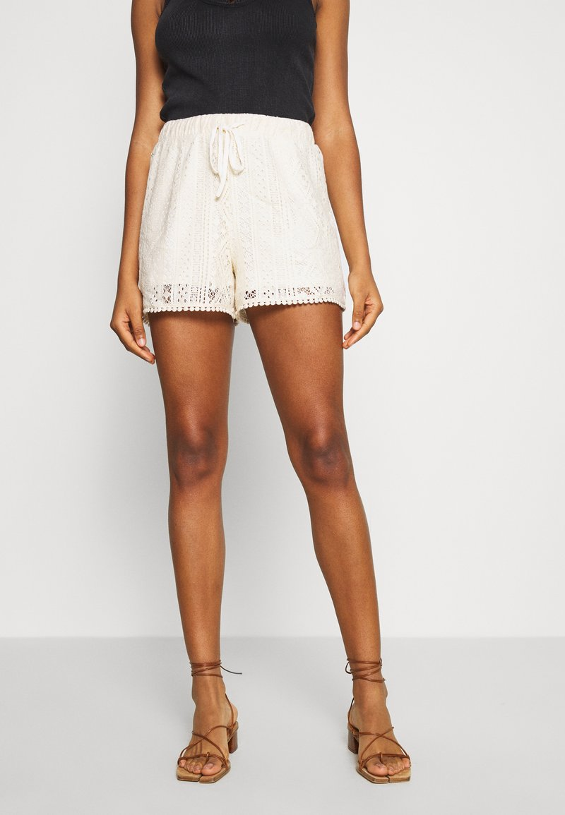 Vero Moda - VMOLEA - Shorts - birch