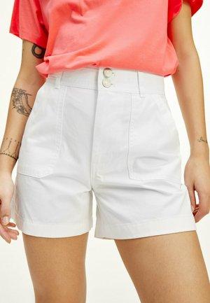 TJW HARPER HIGH RISE - Shorts - white