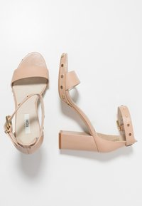 KIOMI - High heeled sandals - nude - 3