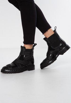 FRANKIE - Bottes en caoutchouc - black