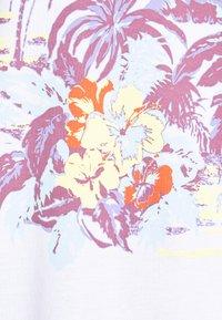 Quiksilver - MYSTIC SUNSET - Print T-shirt - white - 5