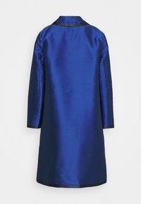 Alberta Ferretti - LONG JACKET - Klasický kabát - light blue - 7