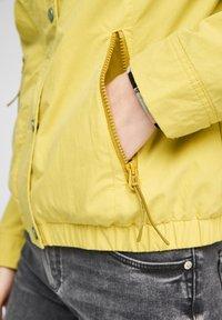 Q/S designed by - Light jacket - pistacchio - 5