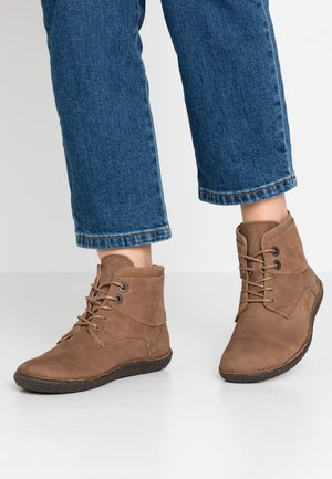 HOBBYTWO - Ankelboots - gris/taupe