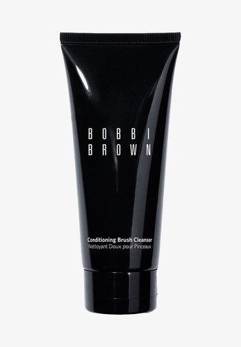 CONDITIONING BRUSH CLEANSER - Make-up-Entferner - -