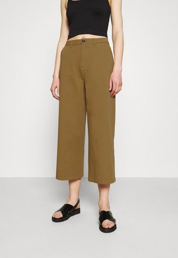 Wide cropped leg Chino - Trousers - camel