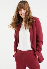 WE Fashion - Blazer - vintage red - 3