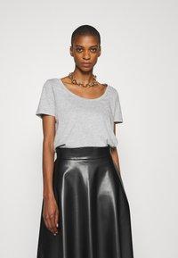 Anna Field - Basic T-shirt - mottled grey - 0