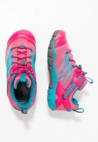 Keen - CHANDLER CNX - Hiking shoes - bright pink/lake green - 0