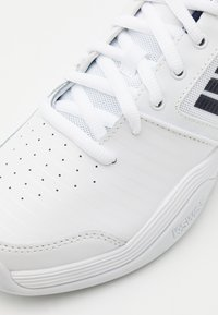K-SWISS - COURT EXPRESS CARPET - Carpet court tennis shoes - white/navy - 5