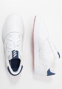 adidas Golf - ADICROSS RETRO - Golfové boty - footwear white/silver metallic/tech indigo - 1