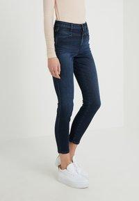 CLOSED - SKINNY PUSHER - Skinny džíny - dark blue - 0