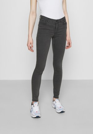 VMJUDY SLIM JEGGING  - Skinny-Farkut - medium grey denim