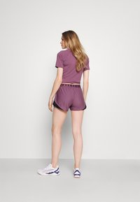 Under Armour - PLAY UP SHORTS 3.0 - Sports shorts - purple - 2
