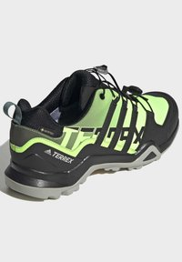 adidas Performance - TERREX SWIFT GORE-TEX HIKING SHOES - Hiking shoes - green - 4