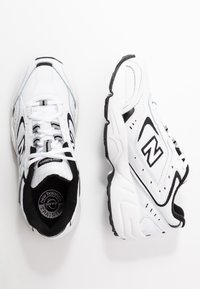 New Balance - WX452 - Baskets basses - white/black - 5